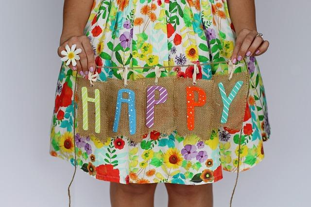 Idee regalo per la festa di 18 anni: consigli e indicazioni