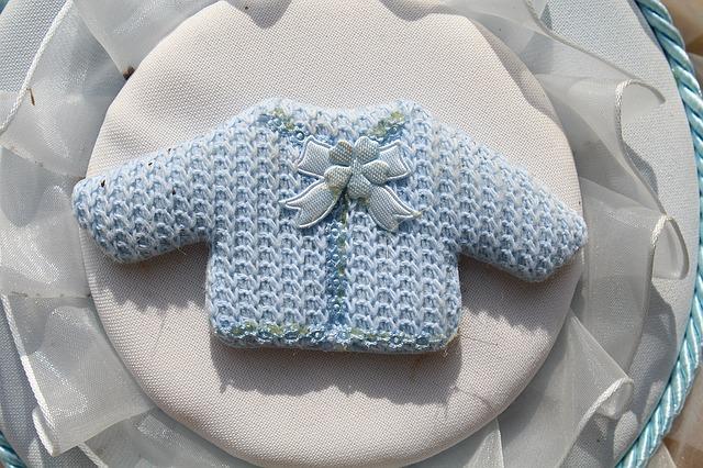 Il completino azzurro da neonato