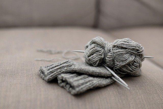 Lavorare a maglia: il punto legaccio