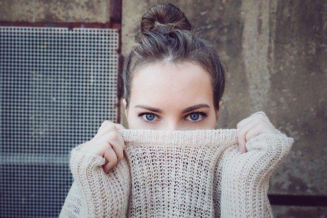 Comprare vestiti online, conviene? Risparmio, restituzione e altri benefici